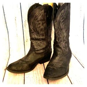 Rampage soft cowboy boots 8.5